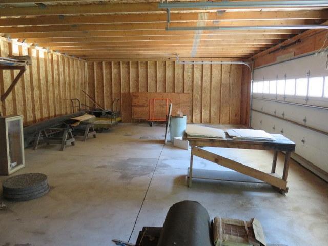 1014-e-gorham-garage-inside