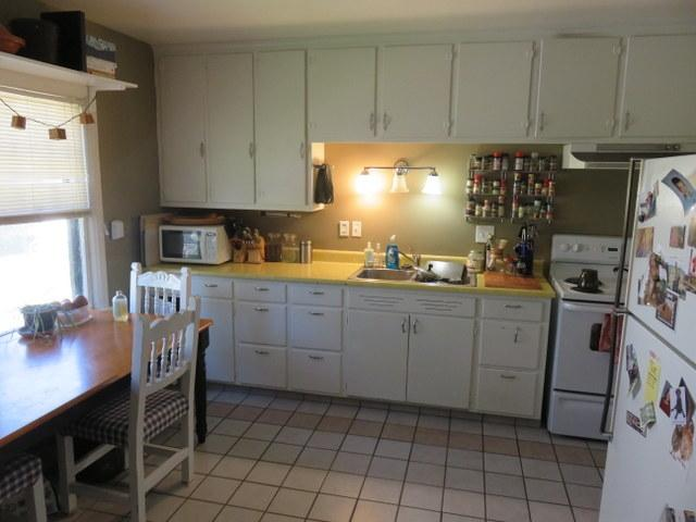 1018-east-gorham-kitchen