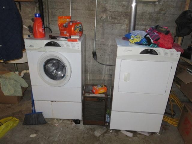 1018-east-gorham-washer-and-dryer