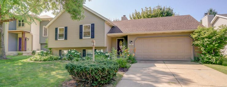 7873 E Oakbrook Cir-Move In Ready West Madison Home