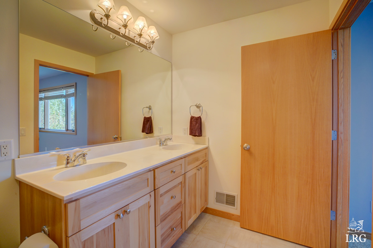 5221 Day Lily Pl, 17