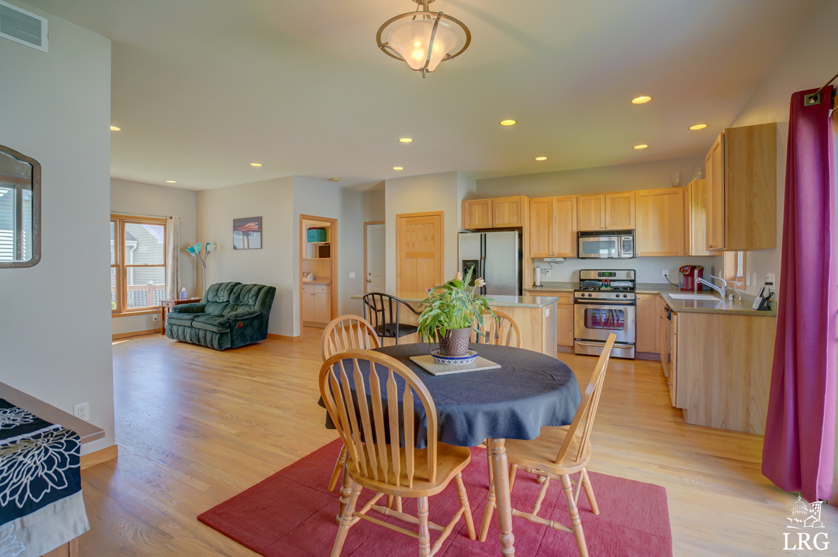 5221 Day Lily Pl, 6