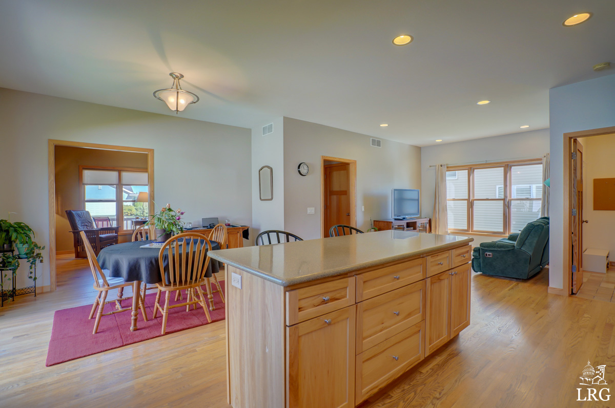 5221 Day Lily Pl, 8