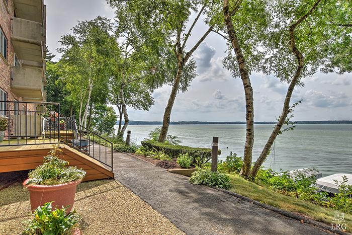 3100 Lake Mendota 10