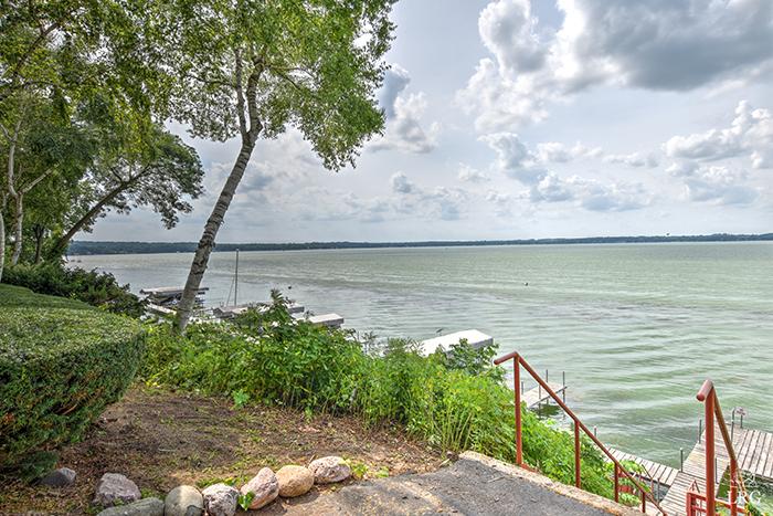 3100 Lake Mendota 11