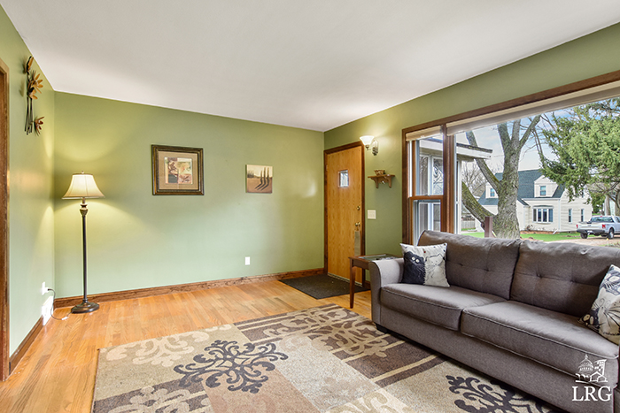4722 Maher Ave-12