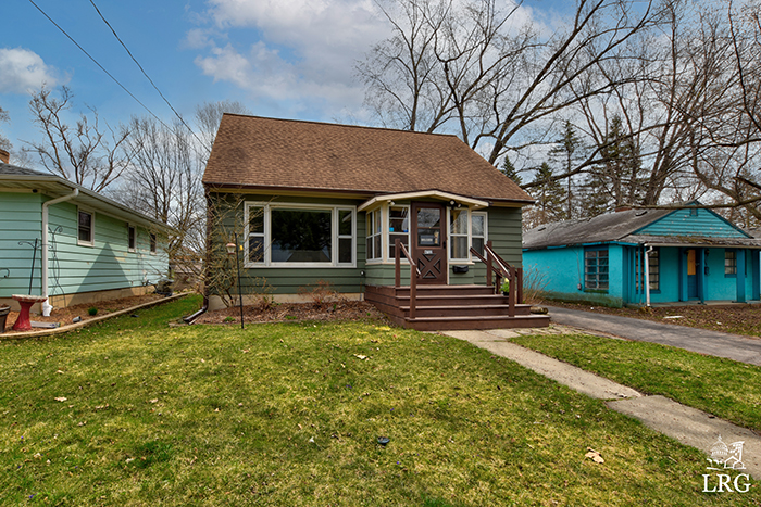 4722 Maher Ave-3