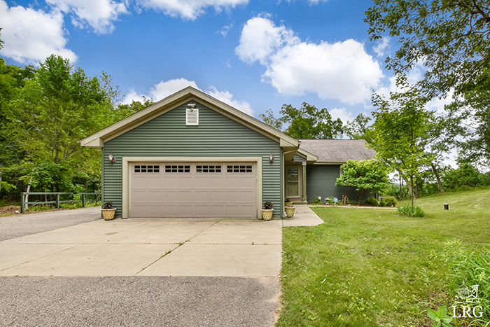 357 Ember Ct-1