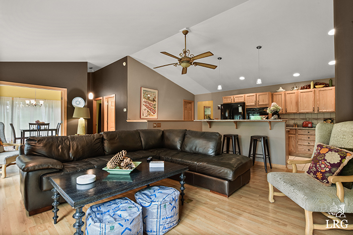 357 Ember Ct-33