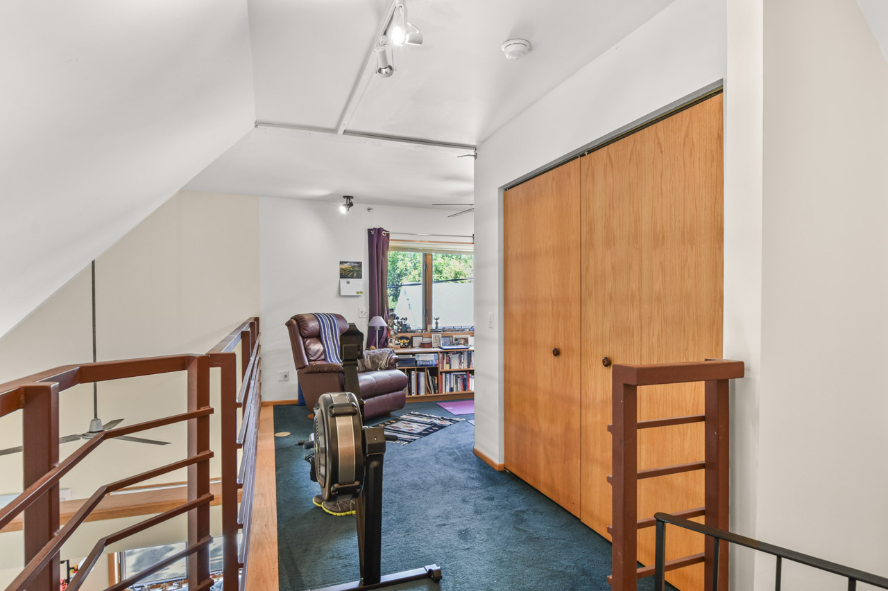 2301 Atwood Ave-14-mls