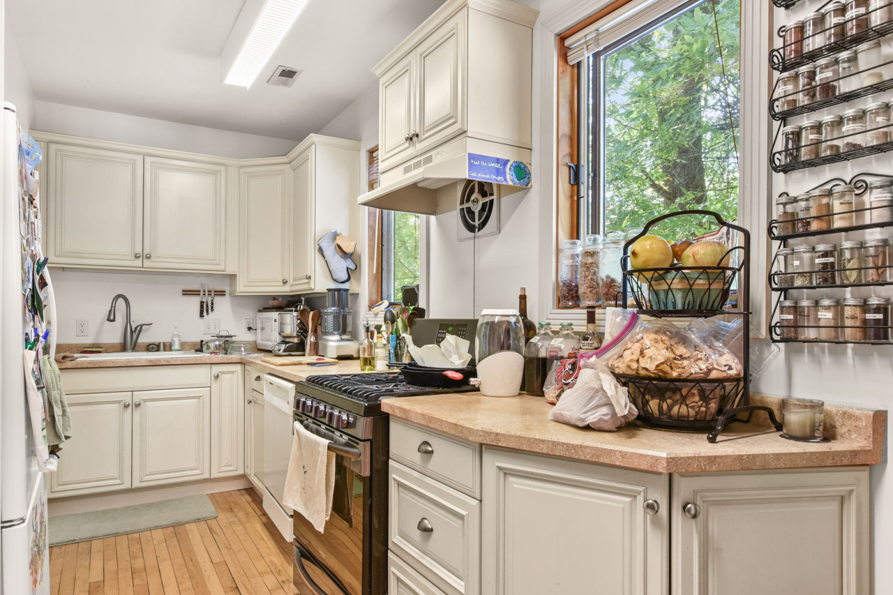 2301 Atwood Ave-23-mls