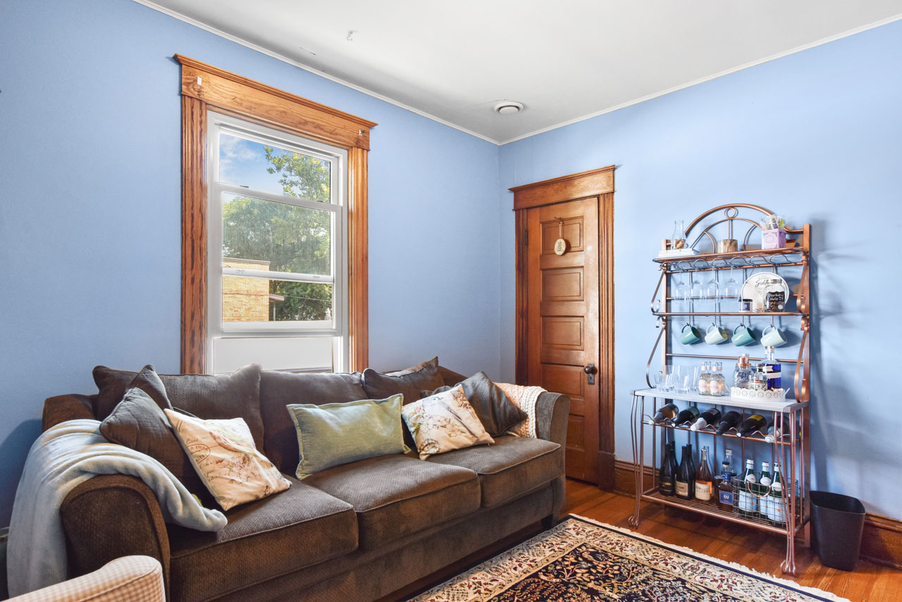 2301 Atwood Ave-30-mls