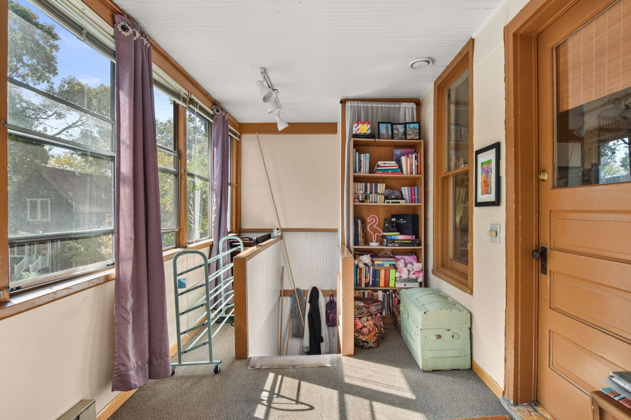 2301 Atwood Ave-42-mls