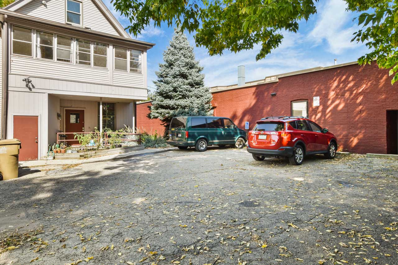 2301 Atwood Ave-8-mls